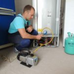 Заправка фреоном холодильников в Краснодаре